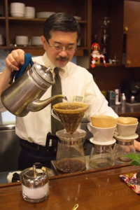 Coffee gallery Clement 古屋 嘉章 札幌市中央区ススキノ
